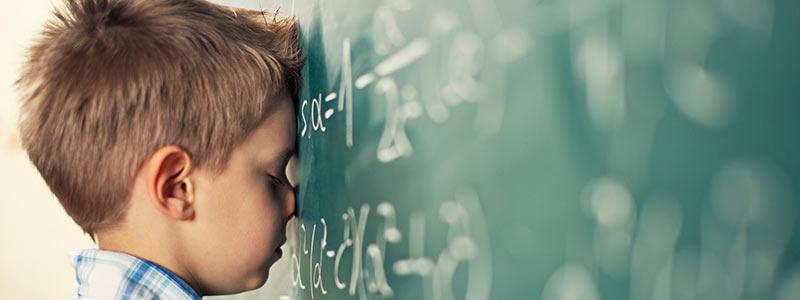 Συμπτώματα μαθησιακών δυσκολιών σε νηπιαγωγείο και δημοτικό